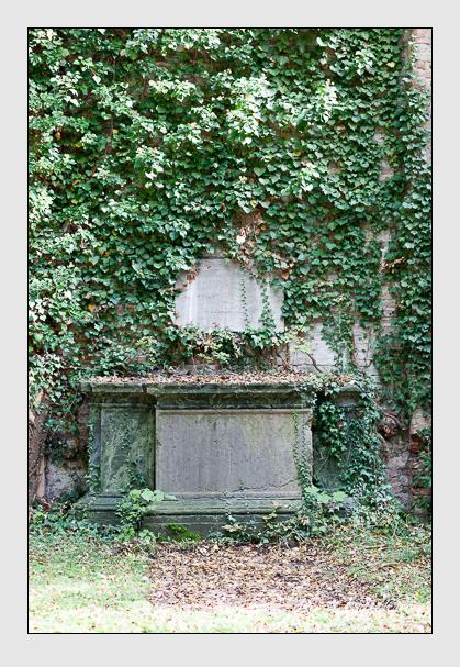 Grab der Familie Sager auf dem Alten Südfriedhof München (Oktober 2007)