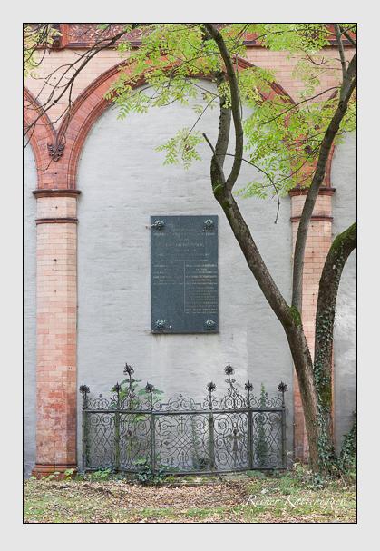 Grab der Familien Brummer & Schratzenstaller & Seidenader & Strebel auf dem Alten Südfriedhof München (Oktober 2007)
