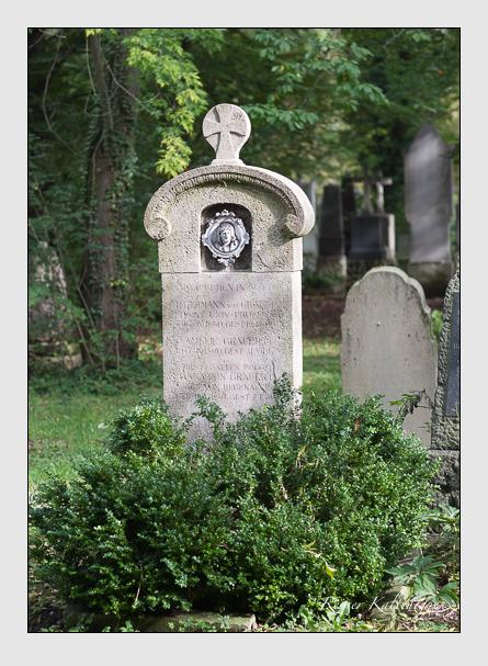 Grab der Familie Grauert auf dem Alten Südfriedhof München (Oktober 2007)