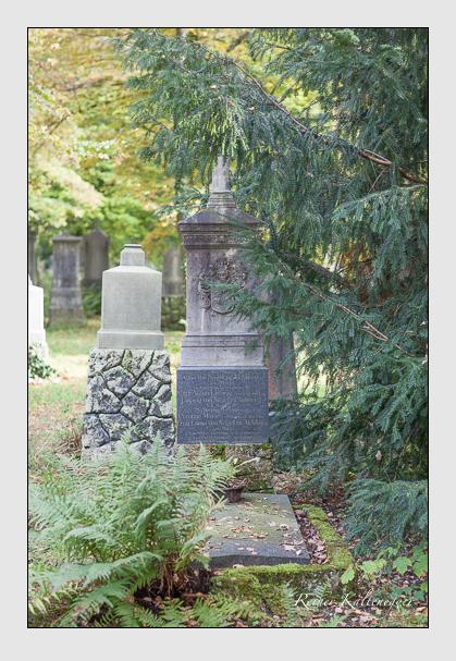 Grab der Familie Nagel zu Aichberg auf dem Alten Südfriedhof München (Oktober 2007)
