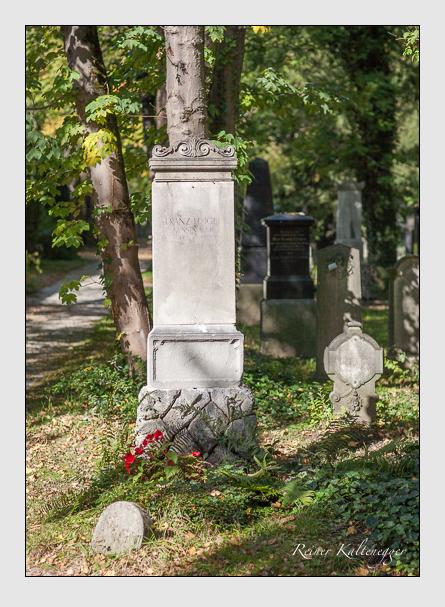 Grab der Familie Heigel auf dem Alten Südfriedhof München (Oktober 2007)