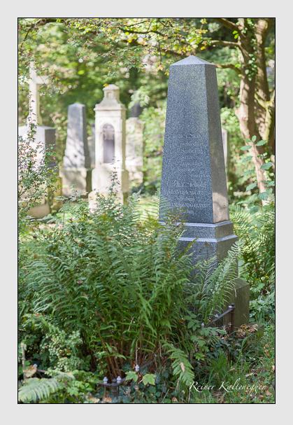 Grab der Familie Siebold auf dem Alten Südfriedhof München (Oktober 2007)