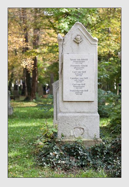 Grab der Familien Göschl & Orff auf dem Alten Südfriedhof München (Oktober 2007)
