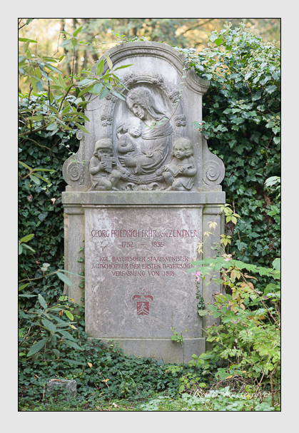 Grab der Familie Zentner auf dem Alten Südfriedhof München (Oktober 2007)