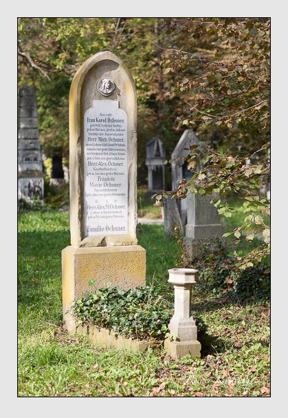 Grab der Familie Öchsner auf dem Alten Südfriedhof München (Oktober 2007)