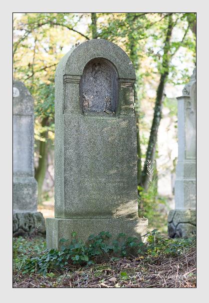 Grab der Familie Köckert auf dem Alten Südfriedhof München (Oktober 2007)