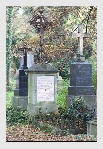 Grab der Familien Gebrath & Mayr auf dem Alten Südfriedhof München (Oktober 2007)