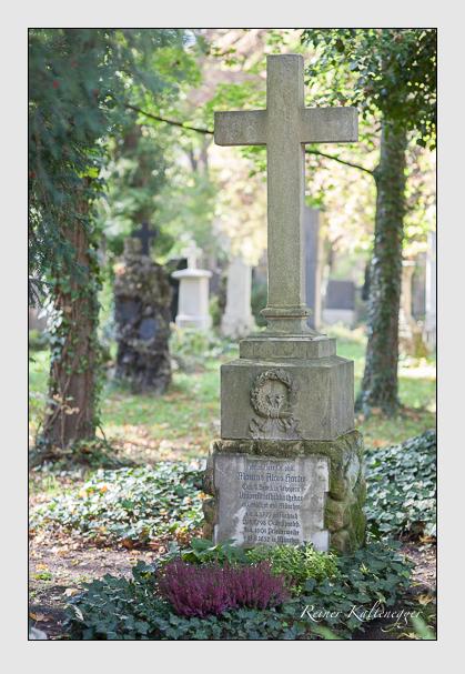 Grab der Familie Harter auf dem Alten Südfriedhof München (Oktober 2007)