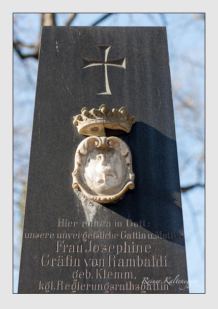 Grab der Familie Rambaldi auf dem Alten Südfriedhof München (Februar 2008)