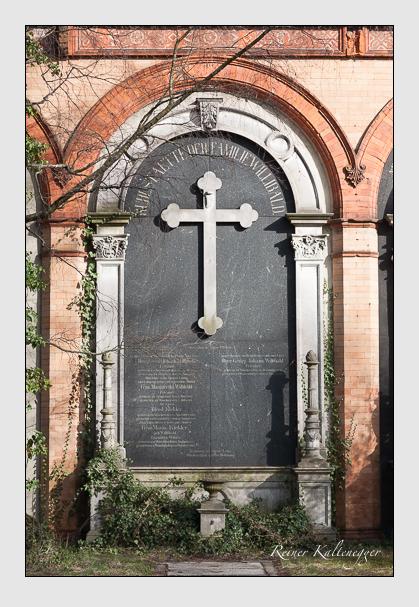 Grab der Familien Klekler & Willibald auf dem Alten Südfriedhof München (März 2008)