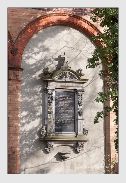 Grab der Familien Demmel & König auf dem Alten Südfriedhof München (März 2008)