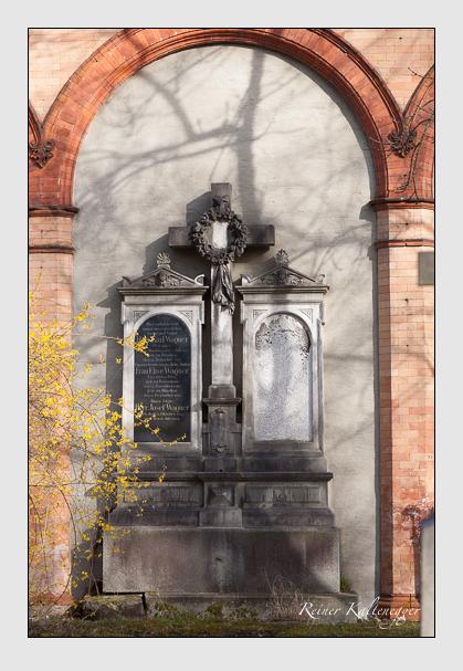 Grab der Familie Wagner auf dem Alten Südfriedhof München (März 2008)