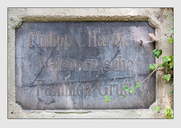 Grab der Familien Chur & Hartlieb-Walsporn auf dem Alten Südfriedhof München (Juli 2008)