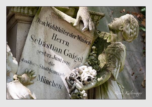 Grab der Familie Gaigel auf dem Alten Südfriedhof München (Juli 2008)