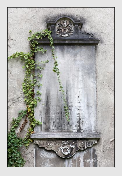 Grab der Familie Eckart auf dem Alten Südfriedhof München (Juli 2008)