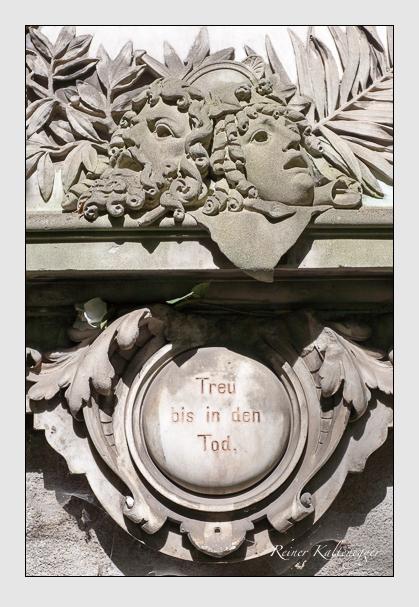 Grab der Familien Christen & Christen-Ziegler auf dem Alten Südfriedhof München (Juli 2008)