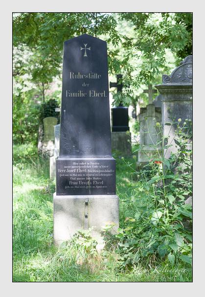 Grab der Familie Eberl auf dem Alten Südfriedhof München (Juli 2008)