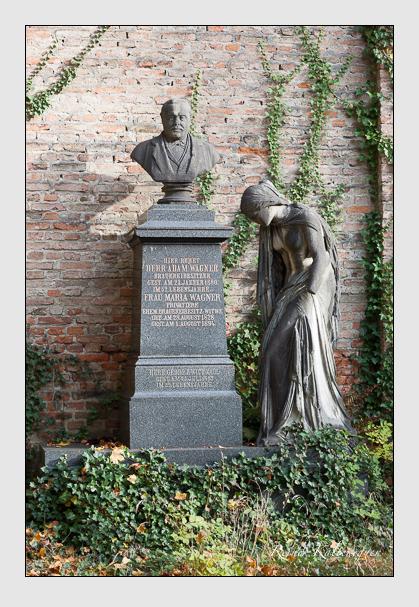Grab der Familien Wagner · Zwicknagl auf dem Alten Südfriedhof München (Oktober 2008)