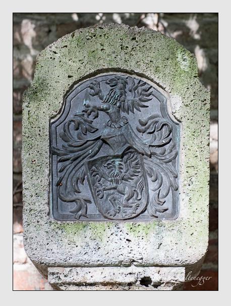 Grab der Familien Berchtold & Greif & Kaiser auf dem Alten Südfriedhof München (Oktober 2008)