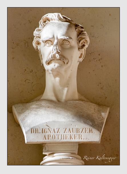 Grab der Familie Zaubzer auf dem Alten Südfriedhof München (Oktober 2008)