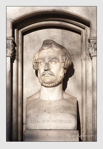 Grab der Familie Schwanthaler auf dem Alten Südfriedhof München (Dezember 2009)