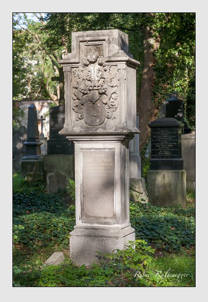 Grab der Familie Speidl auf dem Alten Südfriedhof München (August 2011)