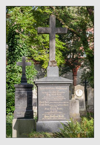 Grab der Familie Röckl auf dem Alten Südfriedhof München (August 2011)