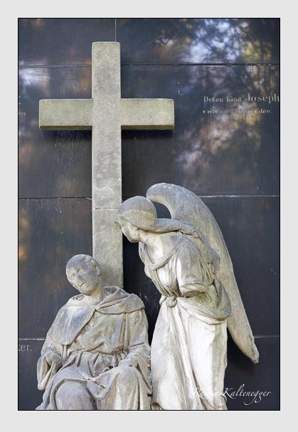 Grab der Familien Plöcker & Seif auf dem Alten Südfriedhof München (September 2011)
