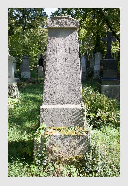 Grab der Familien Briel & Übel auf dem Alten Südfriedhof München (September 2011)