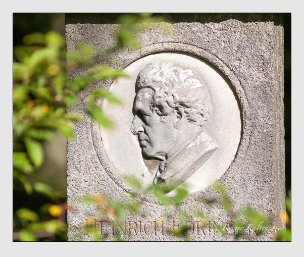Grab der Familie Föringer auf dem Alten Südfriedhof München (September 2011)