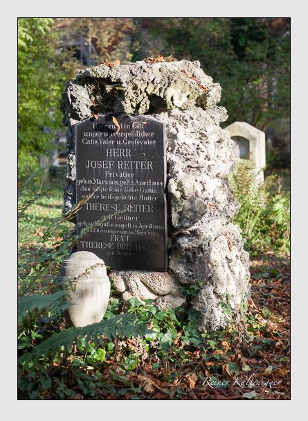 Grab der Familien Drechsler & Reiter auf dem Alten Südfriedhof München (November 2011)