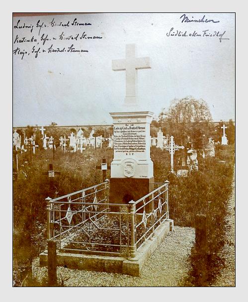 Grab der Familie Bentzel-Sternau auf dem Alten Südfriedhof München (Historische Aufnahme aus Privatbesitz)