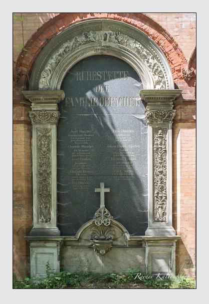 Grab der Familien Berger & Franken & Obpacher & Stigler auf dem Alten Südfriedhof München (Juli 2012)