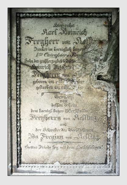 Grab der Familie Kesling auf dem Alten Südfriedhof München (August 2012)