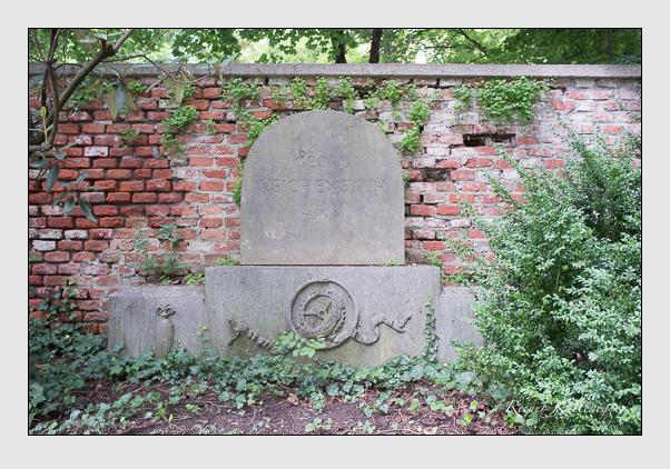 Grab der Familie Reichenbach auf dem Alten Südfriedhof München (August 2012)