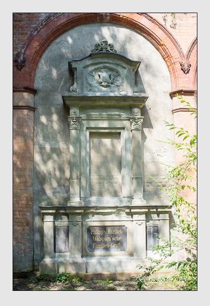 Grab der Familien Chur & Hartlieb-Walsporn auf dem Alten Südfriedhof München (August 2012)