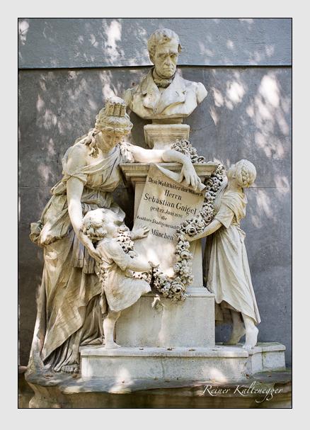 Grab der Familie Gaigel auf dem Alten Südfriedhof München (August 2012)