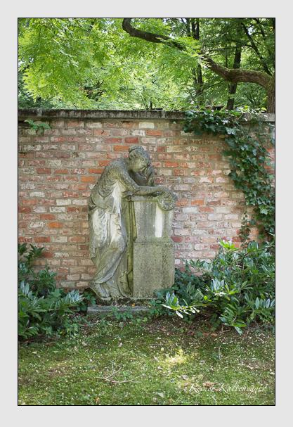 Grab der Familien Nibler & Schintling auf dem Alten Südfriedhof München (August 2012)