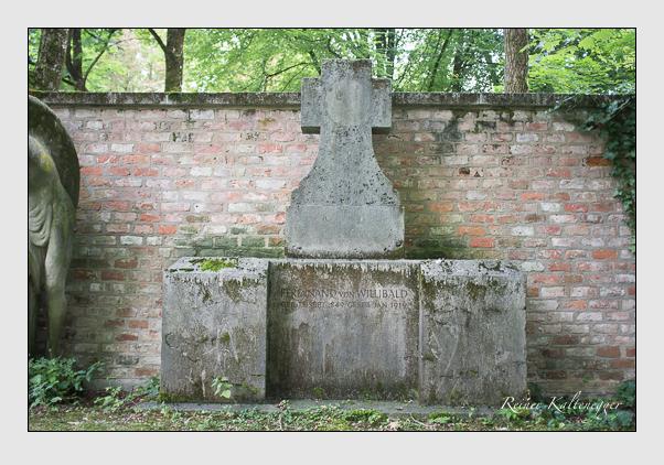 Grab der Familie Willibald auf dem Alten Südfriedhof München (August 2012)