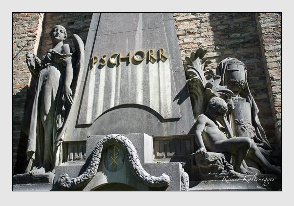 Grab der Familie Pschorr auf dem Alten Südfriedhof München (August 2012)