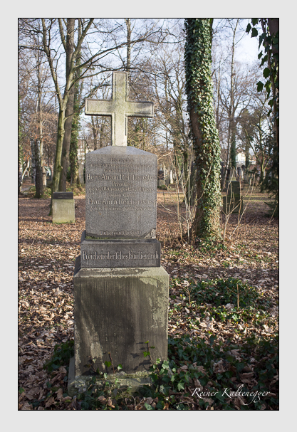 Grab der Familie Reicheneder auf dem Alten Südfriedhof München (Dezember 2012)