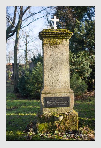 Grab der Familie Staudenmayer auf dem Alten Südfriedhof München (Dezember 2012)