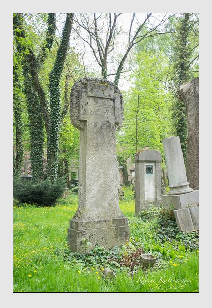 Grab der Familie Gerdeissen auf dem Alten Südfriedhof München (Mai 2013)