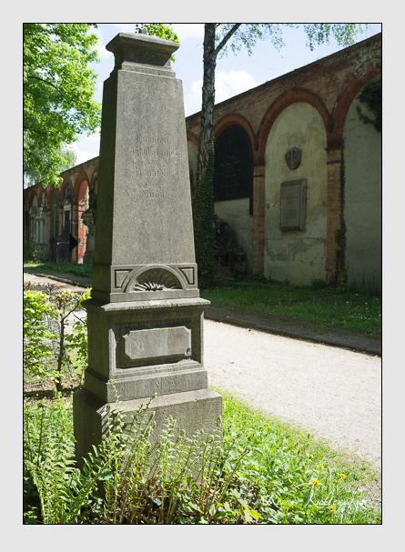 Grab der Familien Feinaigle · Muffat auf dem Alten Südfriedhof München (Mai 2013)