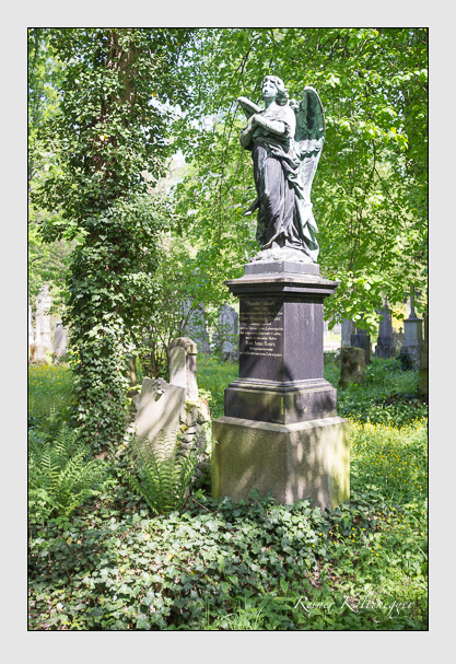 Grab der Familie Bauer auf dem Alten Südfriedhof München (Mai 2013)