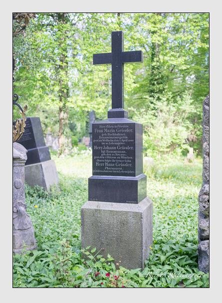 Grab der Familie Geissler auf dem Alten Südfriedhof München (Mai 2013)