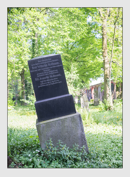 Grab der Familie Hofmann auf dem Alten Südfriedhof München (Mai 2013)