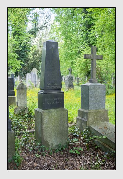 Grab der Familien Gelasio & Mühlbauer auf dem Alten Südfriedhof München (Mai 2013)