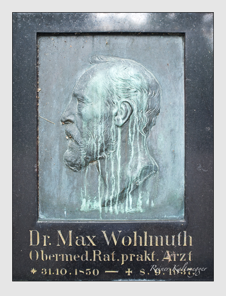 Grab der Familie Wohlmuth auf dem Alten Südfriedhof München (August 2013)