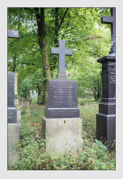 Grab der Familie Kröner auf dem Alten Südfriedhof München (August 2013)